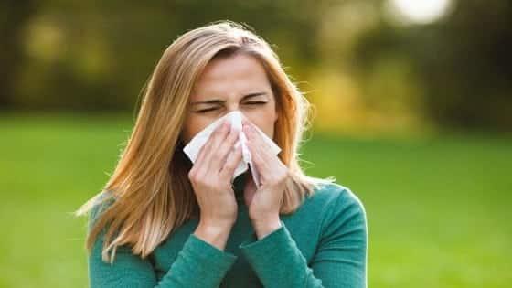 मौसम में होने वाली एलर्जी का आयुर्वेदिक इलाज