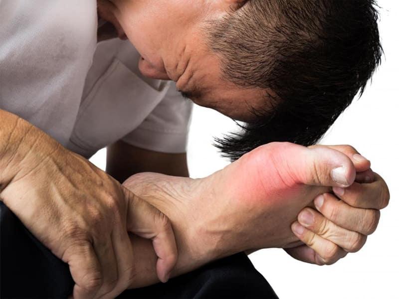 हाथ-पैरों में जलन की समस्या - Problems Of Burning Sensation In Hands And Feet In Hindi